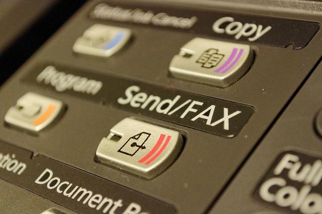 Email y fax virtual, herramientas esenciales en la oficina